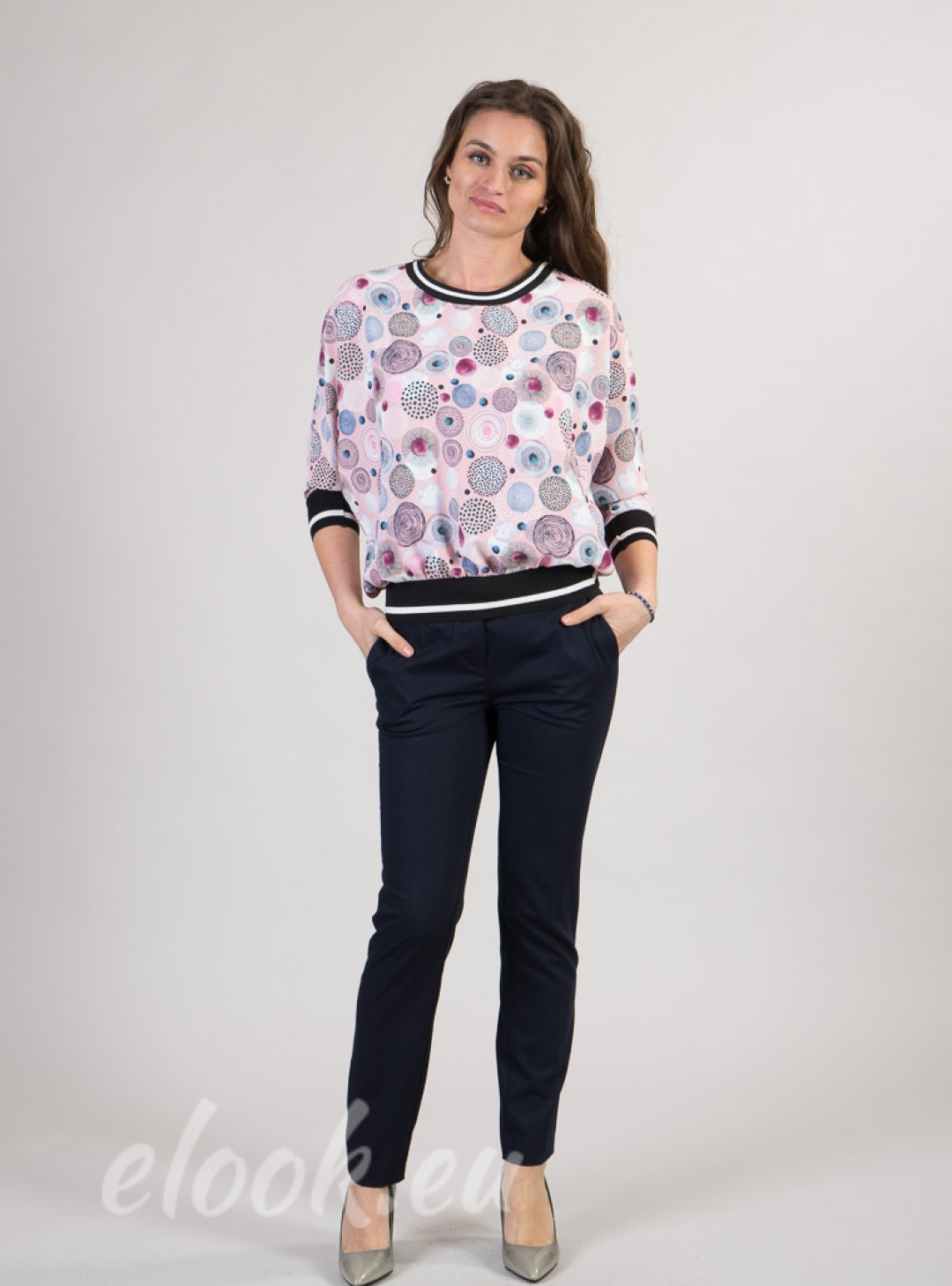 Blouse with 3/4 sleeves sports accent and print on multicolored circles