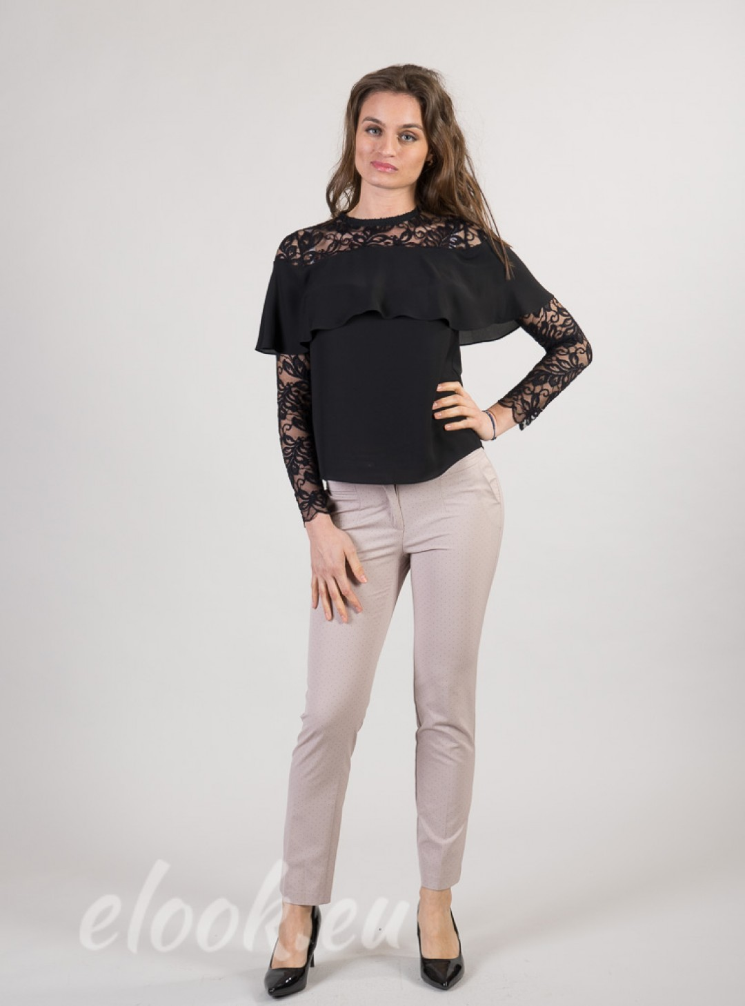 Blouse with lace shoulders and...