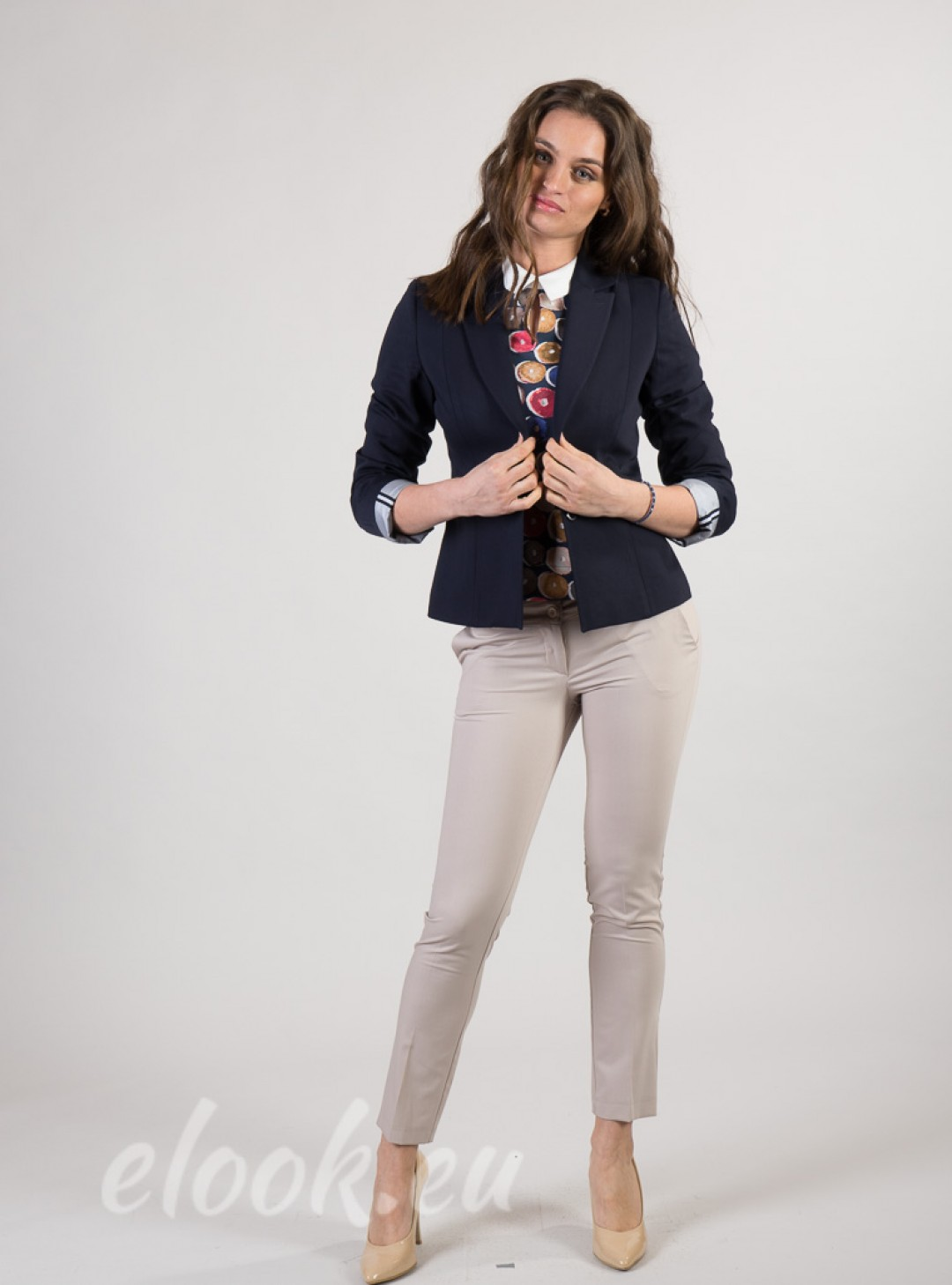 Blazers with marine and sports accents & 2-button fastening. Incl. lining