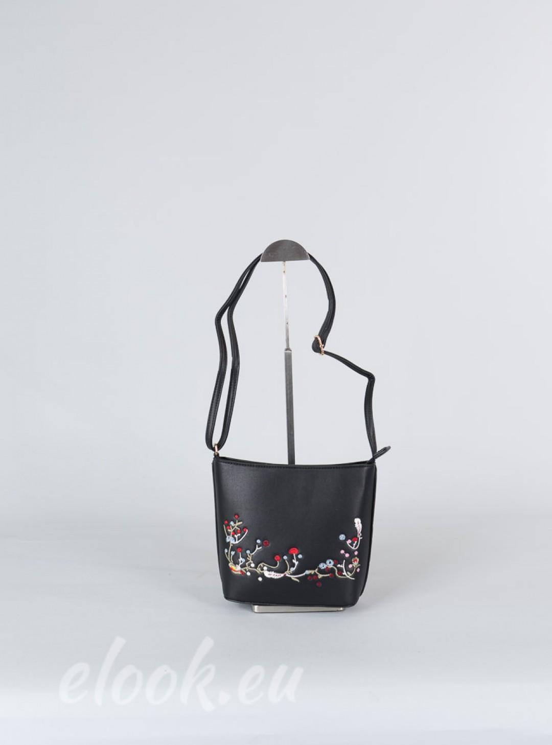 Modern and elegant little bag ...