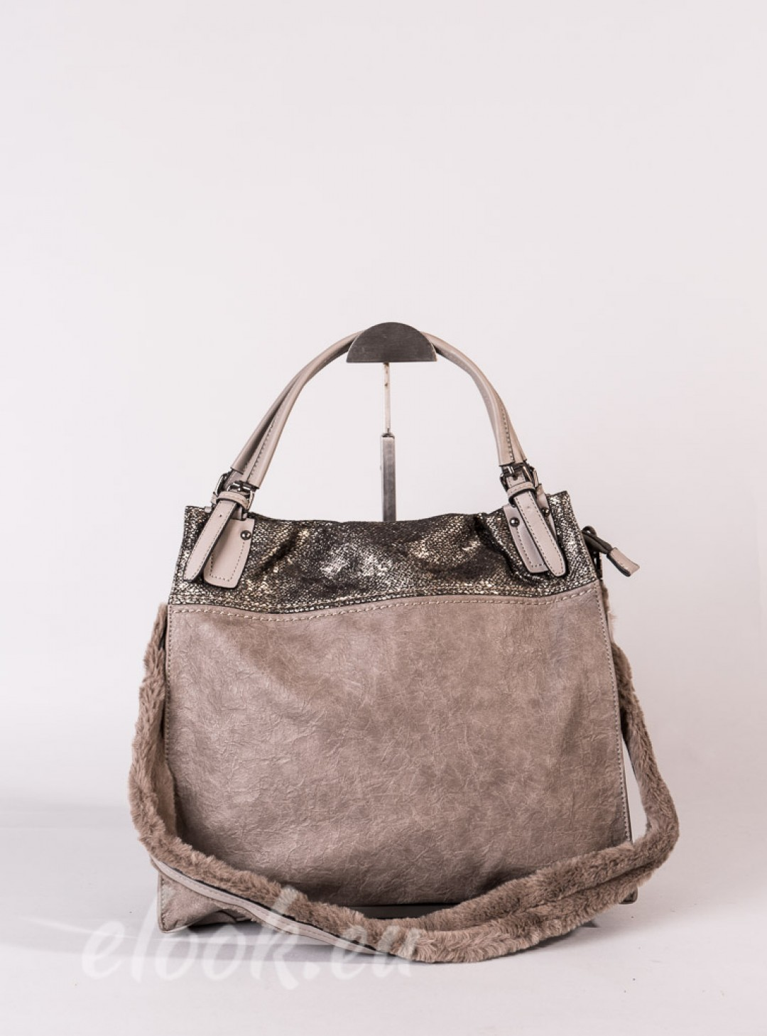 Bag in 2 colors and a padded shoulder strap