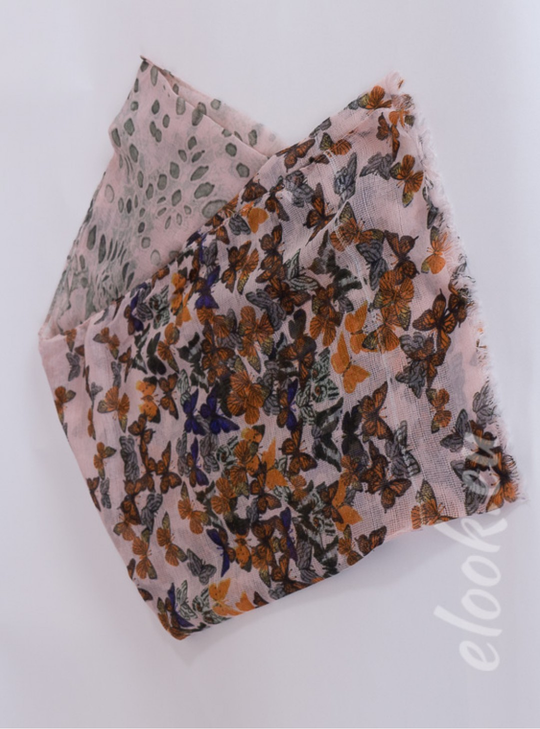 Scarf with a multicolor print ...