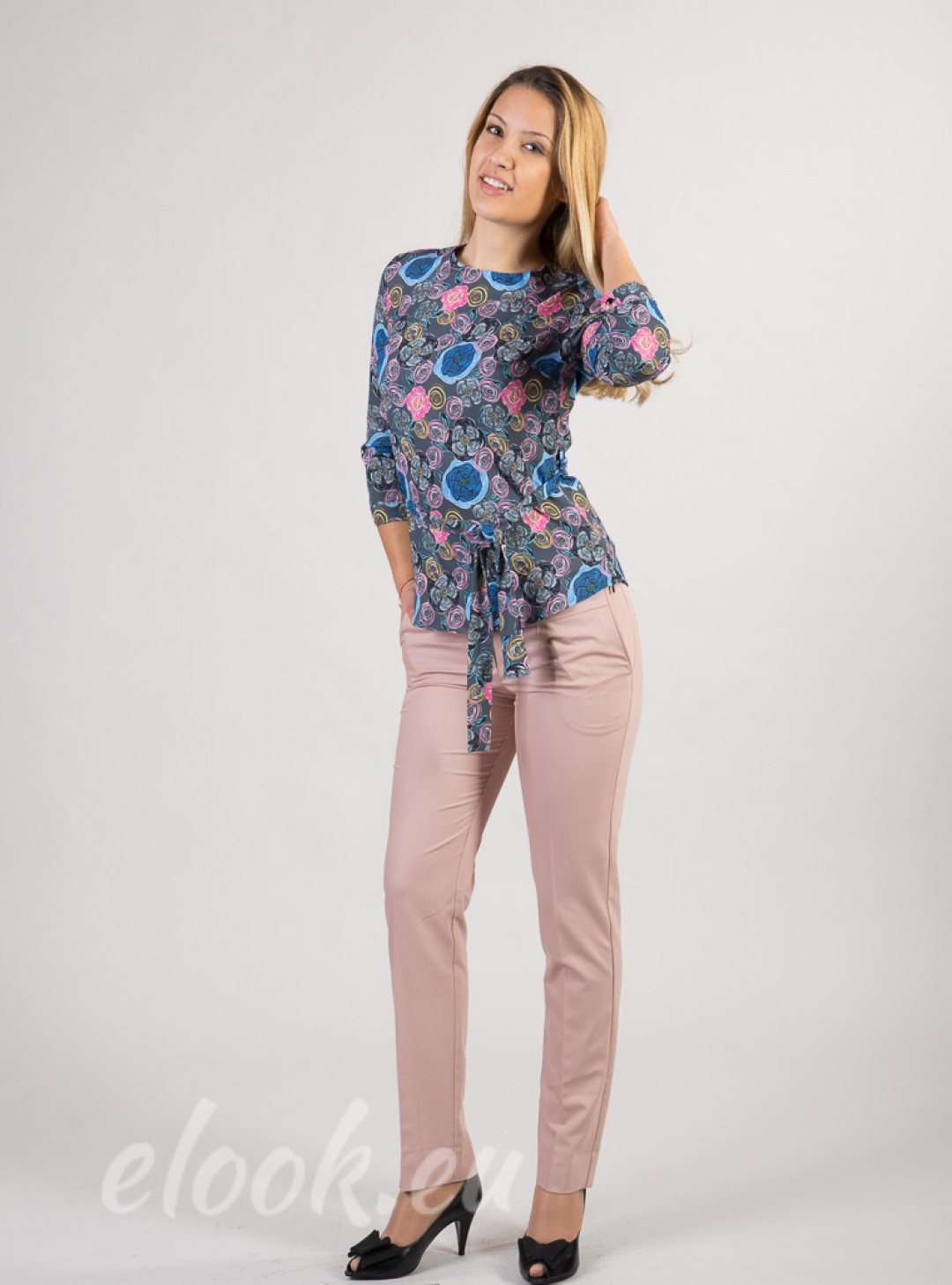 Blouse with 3/4 sleeves, belt,...