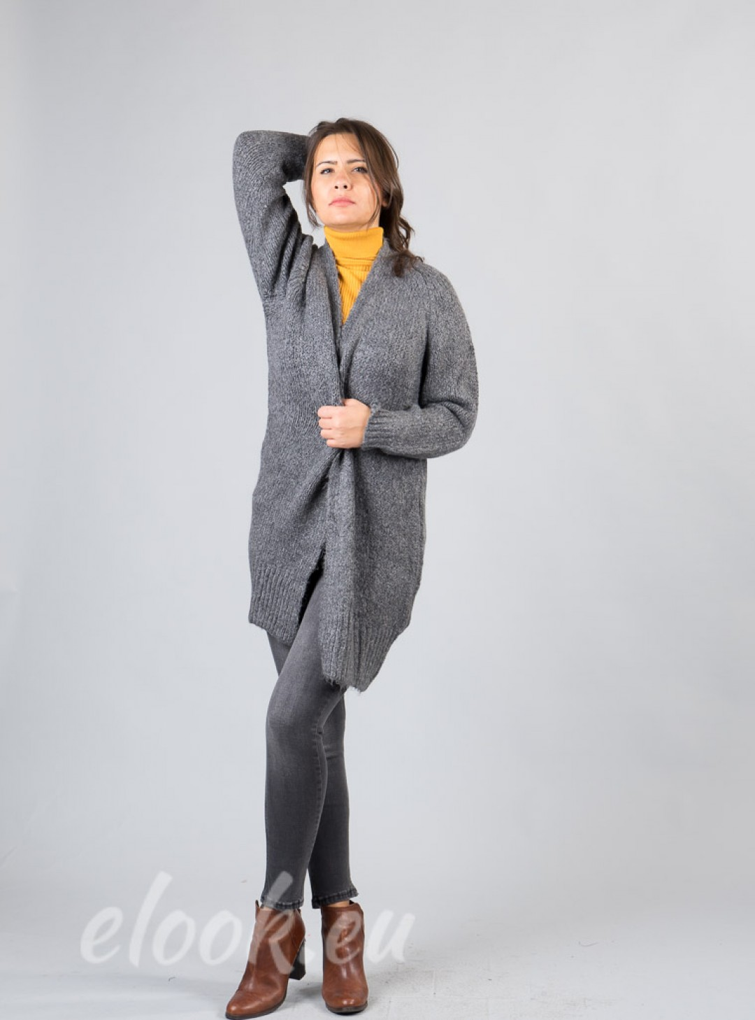 Cardigan in soft and warm touc...
